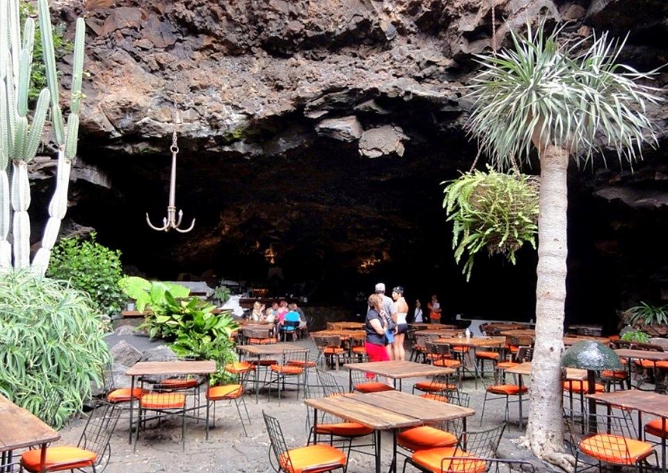 Café - Bar Jameos del Aqua Lanzarote